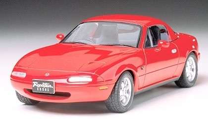 Japoński samochód Mazda Eunos Roadster, plastikowy model do sklejania Tamiya 24085 w skali 1:24-image_Tamiya_24085_1